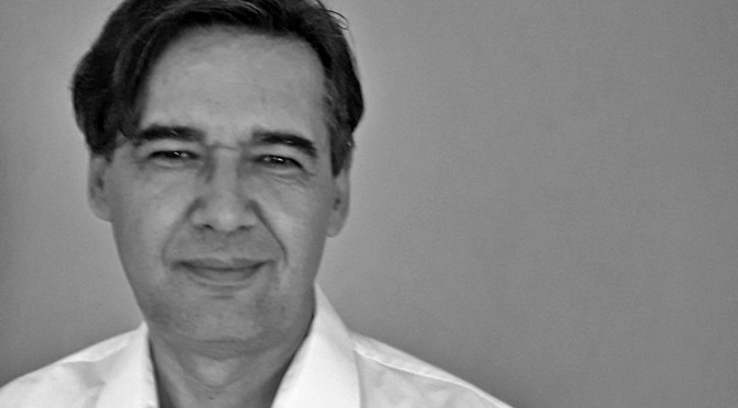 Zvonko Karanović: Između dva lepeta plućnih krila